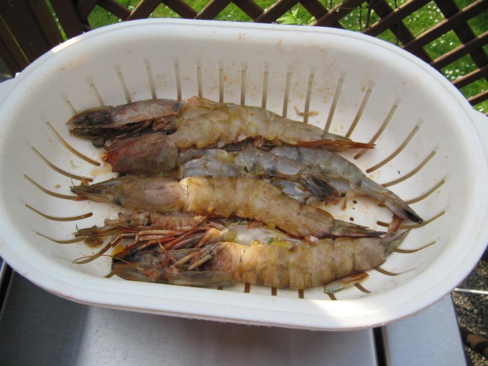 Rezept Nr. 8: Meine Butterfly-Garnelen und mein Lachsfilet am Zedernbrett geräuchert. (4/6)