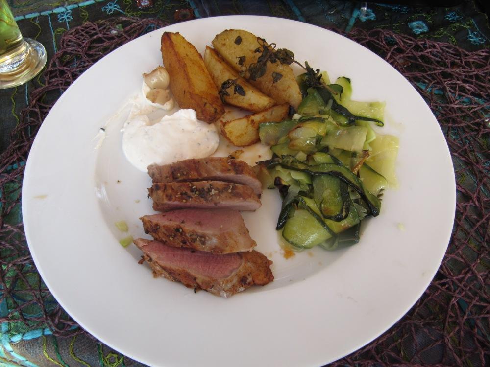 Rezept Nr. 20: Mein Schweinefilet, Grillfackel, Potato-Wedges und gedämpftes Gemüse (1/6)