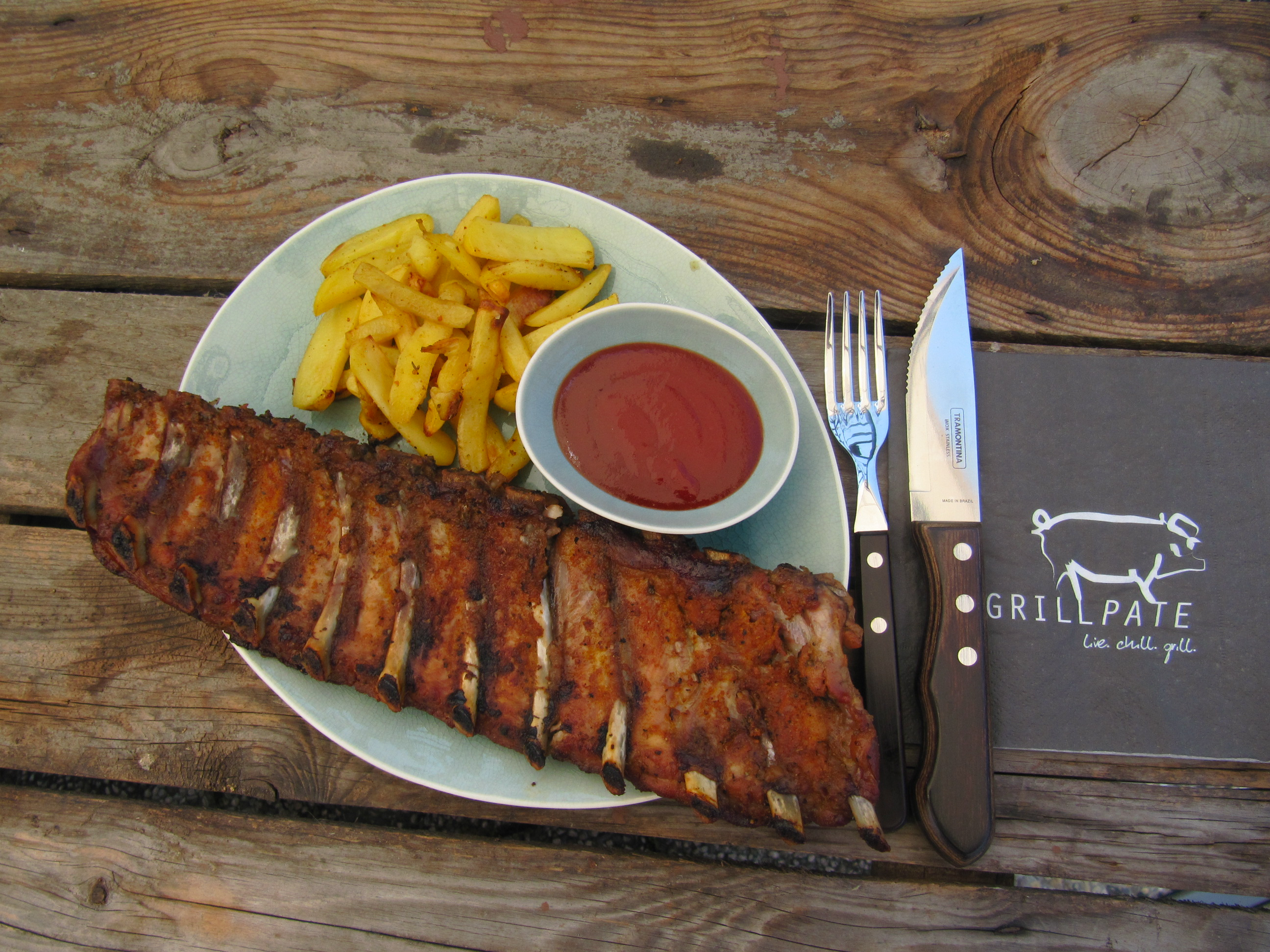Spareribs Gasgrill Garzeit : Spareribs aus dem broil king rib roaster mit potato wedges. u2013 grillpate